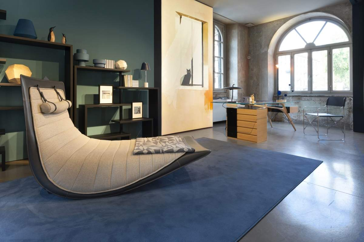 Home-office - Collection 2020 Back to emotions   Chaise longue basculante Rider (Ludovica+Roberto Palomba, 2020)