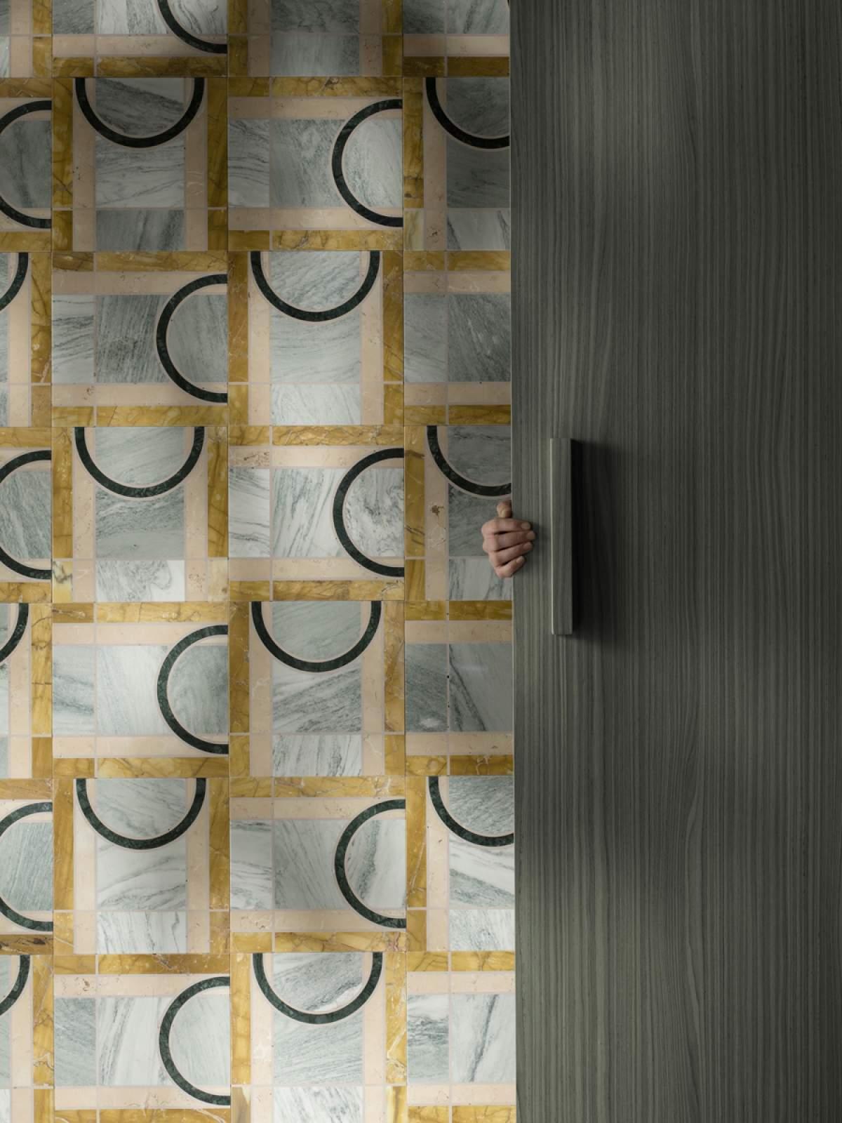 Eidola - Vison, design Mae Engelgeer